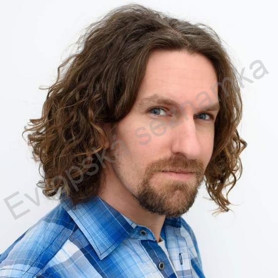 Mu 39 let, On hled ji, Tinec- sacicrm.info